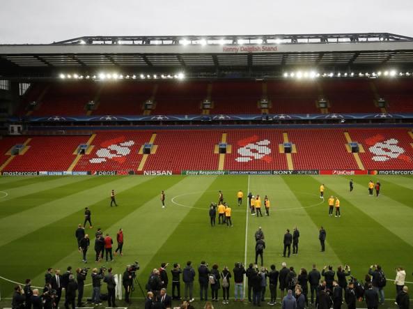 fb0e738de3 La Roma a Liverpool, in un altro tempio del calcio, prova a ...