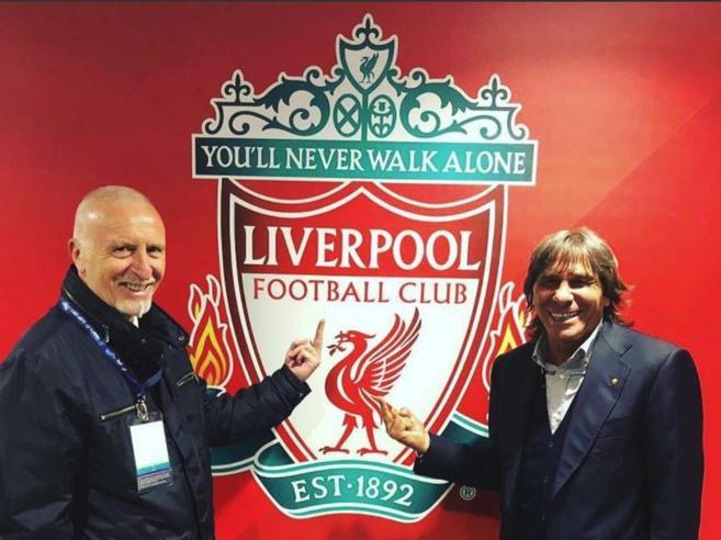 Roma, da Pruzzo e Conti dito medio allo stemma del Liverpool «ma solo per esorcizzare»