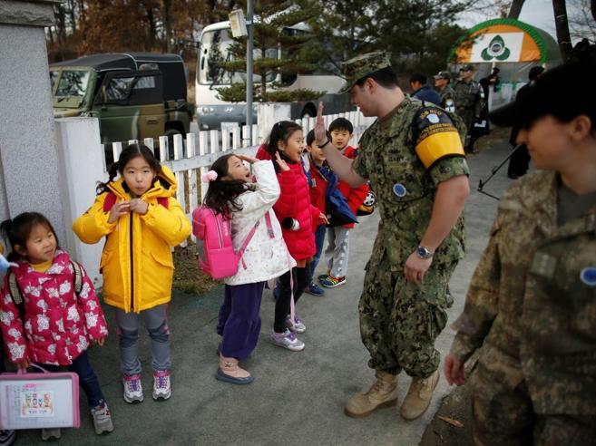 Corea, la scuola del Sud  davanti ai cannoni di Kim:aspettiamo la pace