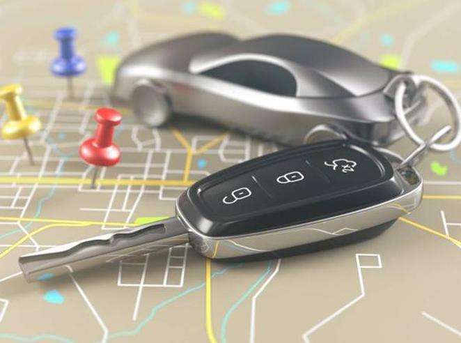 Se abiti in centro paghi di più:  l'assicurazione Rc auto sale (anche +36%) in base al CapMilano, Roma, ...