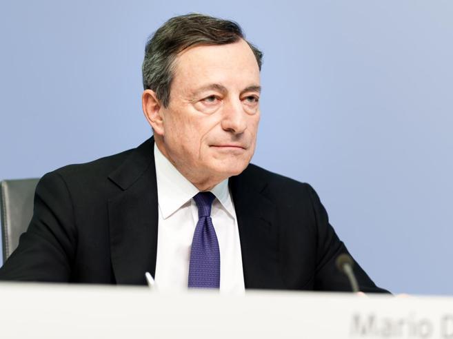 Lente Bce sull'economia che rallenta«Cauti su tassi e riacquisto titoli»