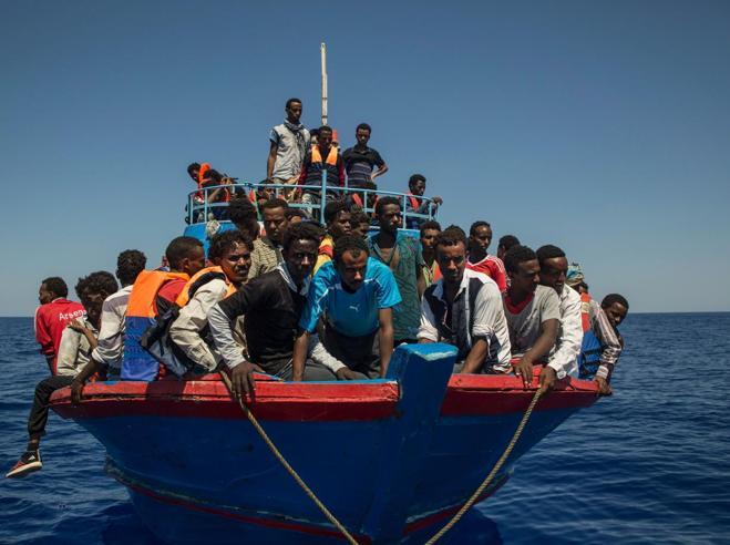 Rifugiati «in carico» per 10 anni Pressing dell'Italia contro il piano Ue