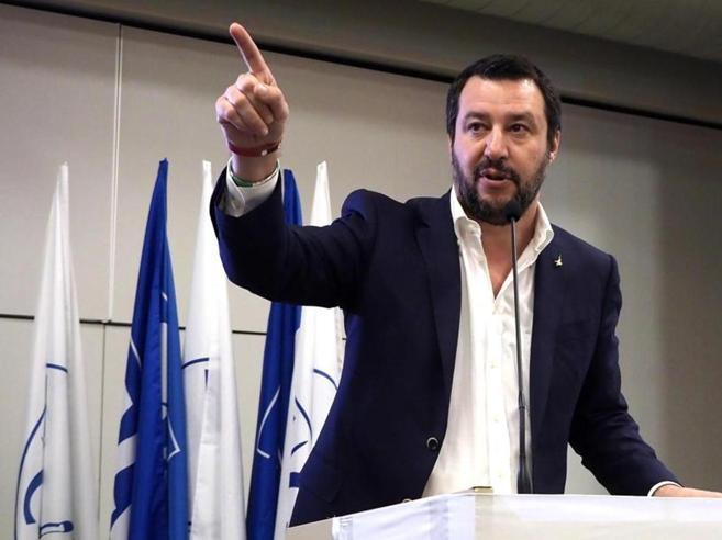 Salvini: «Questo governo è un parto» Ma Di Maio chiude: «Torniamo al voto»