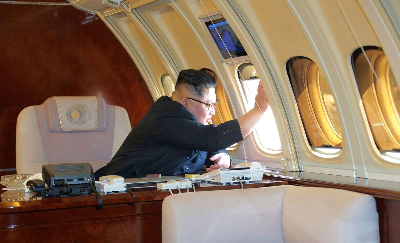 Aereo Privato Roma Milano : Viaggi in aereo gli strani capricci dei passeggeri vip tgcom