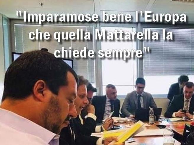 Dalle interrogazioni di Mattarella alla battaglia navale, la crisi politica che fa ridere sul web