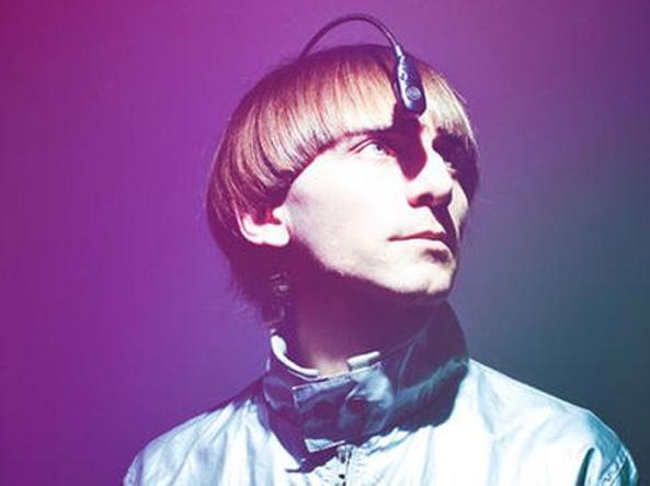 neil harbissons eyeborg Neil harbisson's eyeborg maria marrero palm beach state college abstract this paper explores the new technological advances for people with achromatopsia from research conducted mostly online.