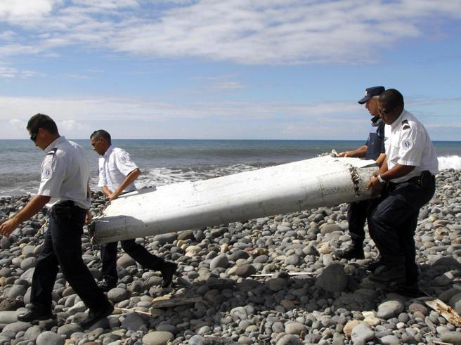 Volo MH 370, gli esperti: «Fu il pilota suicida a far cadere l'aereo»