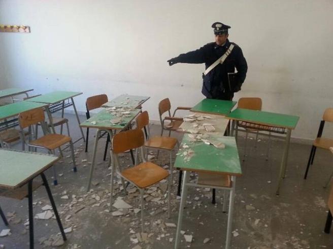 L'Italia delle scuole che crollano Serve l'anagrafe degli edifici
