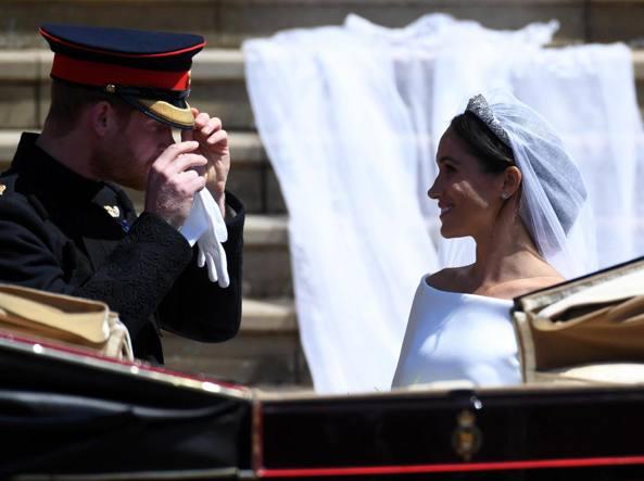 Matrimonio Harry In Chiesa : Matrimonio harry meghan markle il commento corriere.it