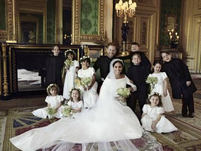 Matrimonio Harry In Chiesa : Harry e meghan scelta «femminista» lei in chiesa da sola poi al