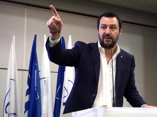 Salvini: trattativa chiusa con Di MaioPremier? Nome che soddisfa Lega e M5S