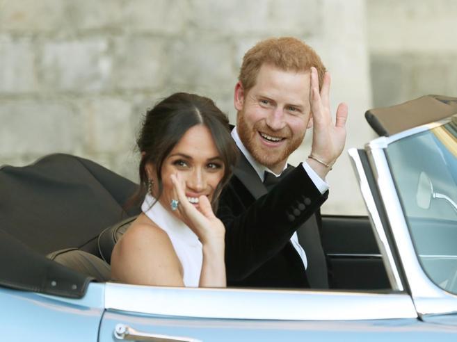 Il viaggio di nozze può attendereHarry e Meghan subito «in campo»