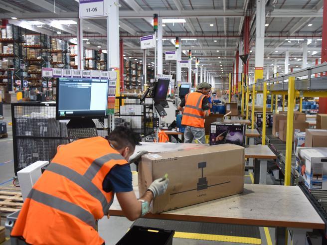 Amazon, più soldi ai lavoratoriAccordo per l'hub di Piacenza