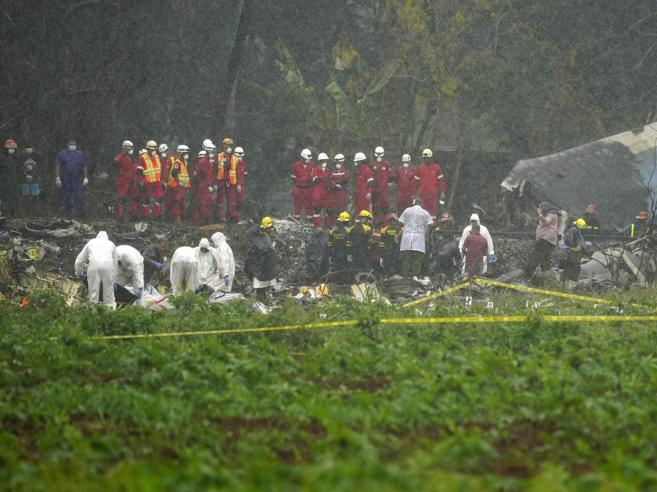 Boeing precipitato a Cuba: morta una delle tre donne sopravvissute