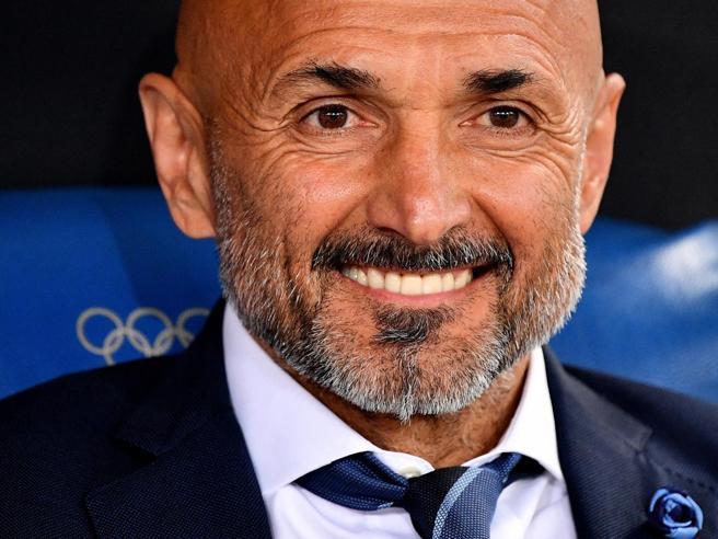 Inter, Spalletti rinnovo imminente: «Tocchiamo il paradiso, ma oggi ha firmato Ancelotti, quindi...»