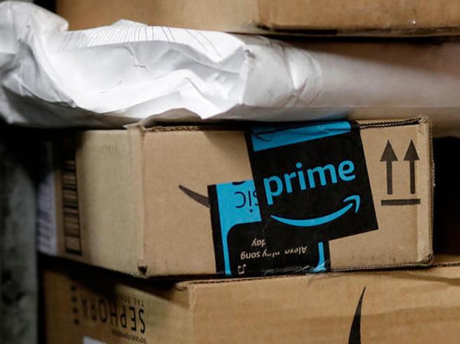 Amazon,  guerra agli indecisi: se fai troppi resi vieni cancellato
