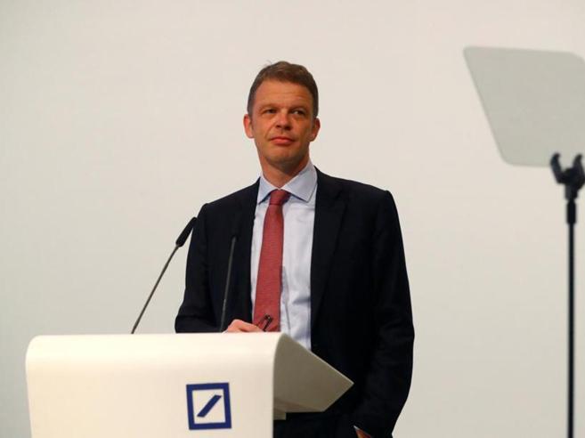 Deutsche bank annuncia il taglio di 7.000 posti di lavoro