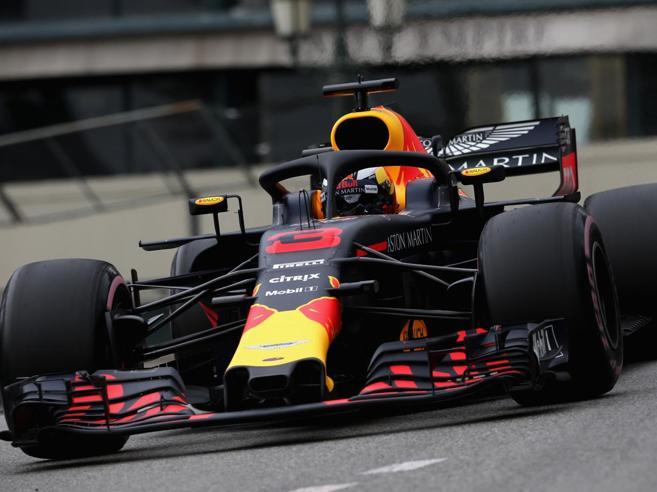 F1, Gp di Montecarlo: volano le Red Bull, Ferrari indietro