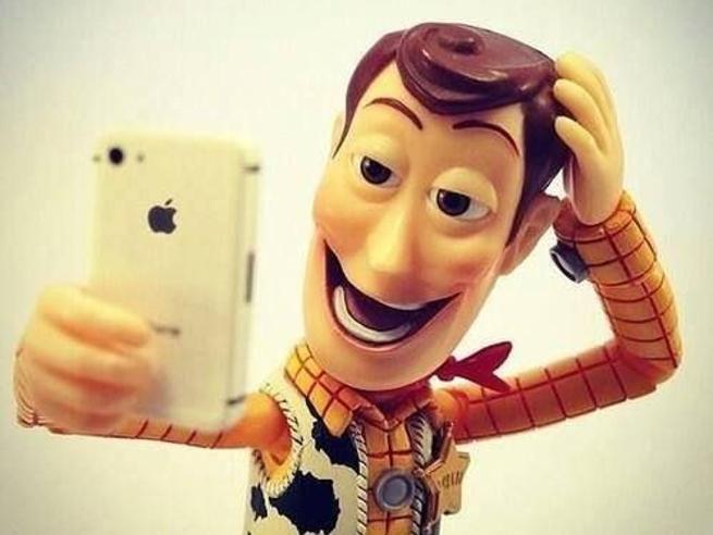 Selfie perfetto, le 7 regole da seguire