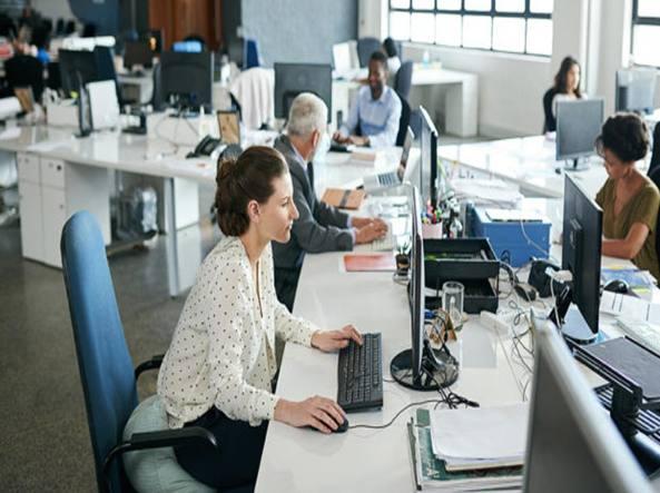 Le amicizie sul posto di lavoro sono un toccasana o una fonte di stress  4a8fec00487