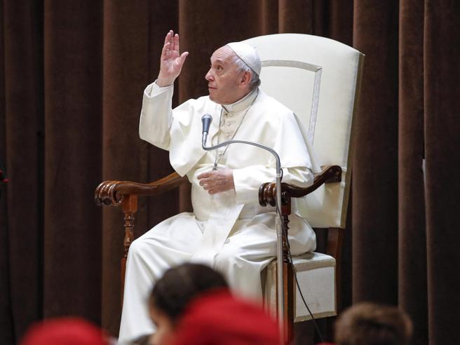 Preti sposati e ruolo delle donne: la sfidadel Papa nel Sinodo sull'Amazzonia