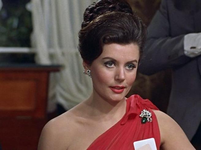 Muore a 90 anni Eunice Gayson, la prima Bond Girl