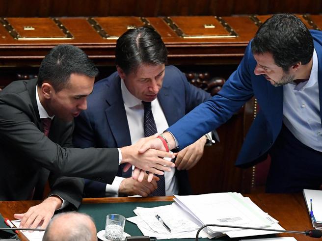 Intesa Lega-M5S sui sottosegretari, Di Maio si tiene le Telecomunicazioni