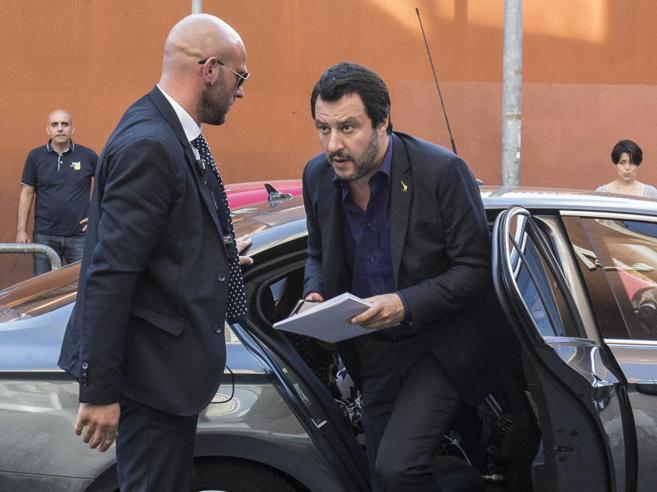 Migranti, Salvini: «Senza scuse Conte non dovrebbe andare a Parigi» ...