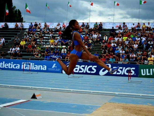 Larissa, un altro salto record «Che strano battere la mamma»