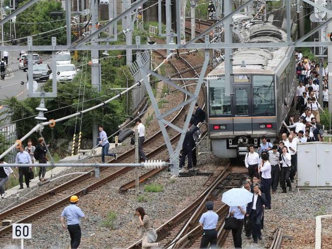 Giappone, forte scossa di terremotoa Osaka: 3 morti, oltre 4