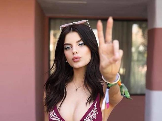 Sonia Ben Ammar: chi è la modella che ha conquistato Brooklyn Beckham e Anwar Hadid