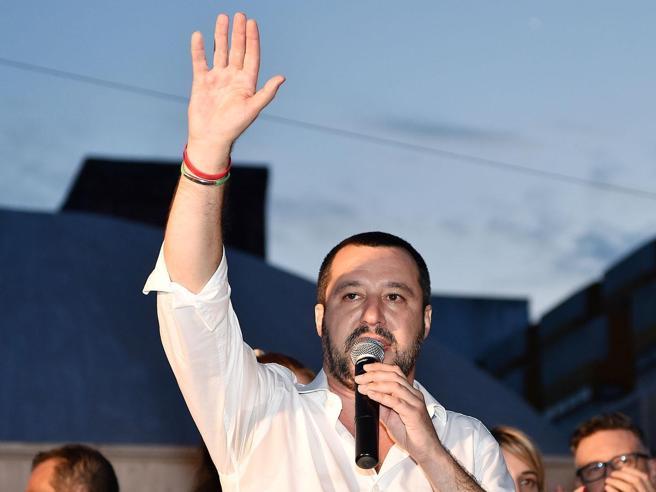 Salvini: «Sul censimento dei rom non mollo e vado dritto»