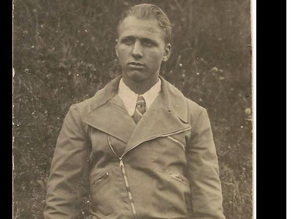 Lorenzo Scaramella in abiti civili