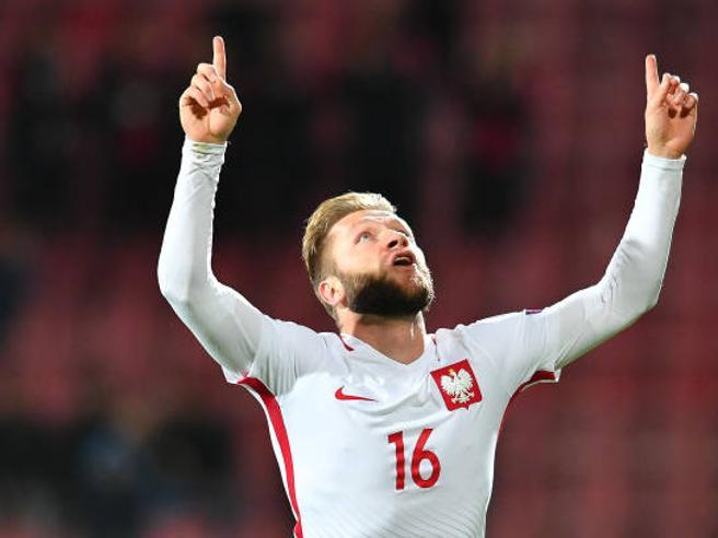 Polonia, il capitano: «Vidi mio padre uccidere mia madre,  dedico ogni  gol a lei»