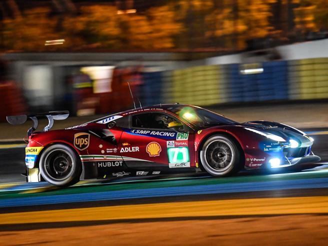 La Ferrari e le altre viste da vicino: ecco come sono fatte le auto da corsa