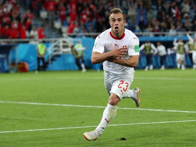Mondiali 2018, Serbia-Svizzera 1-2: Xhaka e Shaquiri, la «vendetta kosovara»