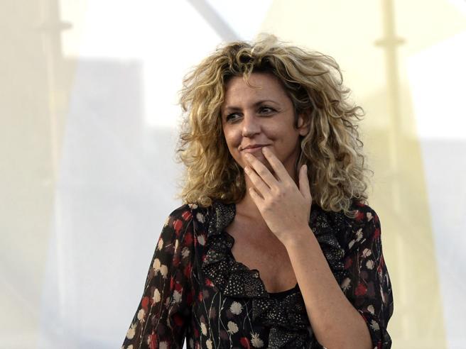 Barbara Lezzi, se il caldo fa aumentare l'impudenza