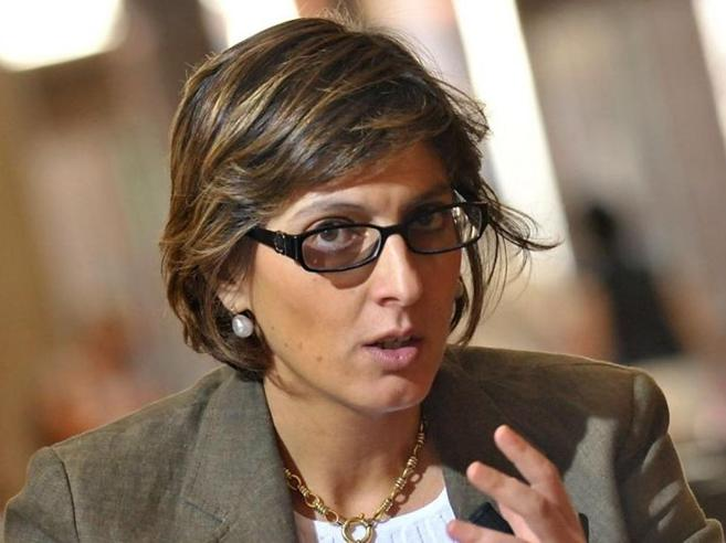 Il ministro Bongiorno:  «Impronte digitali  contro i furbetti del cartellino»
