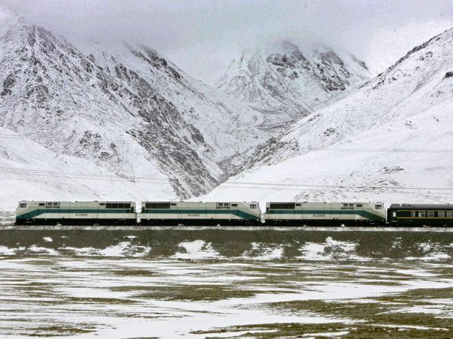 Il nuovo treno dalla Cina al NepalLa linea passerà sotto l'Everest?