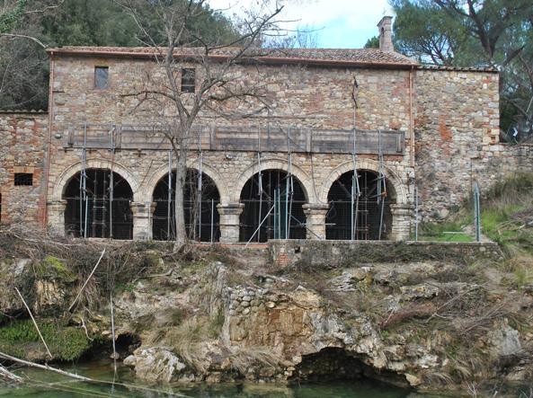 Bagni di Petriolo: la rinascita delle terme di papa Pio II - Corriere.it