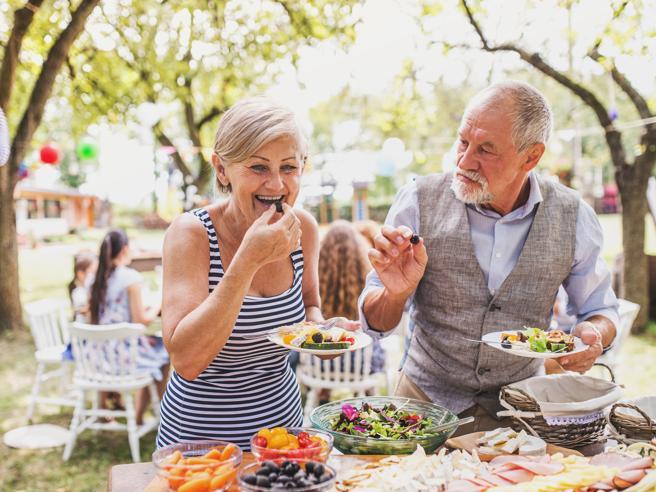 Le 4 buone abitudini (e un consiglio utile) per prevenire l'Alzheimer