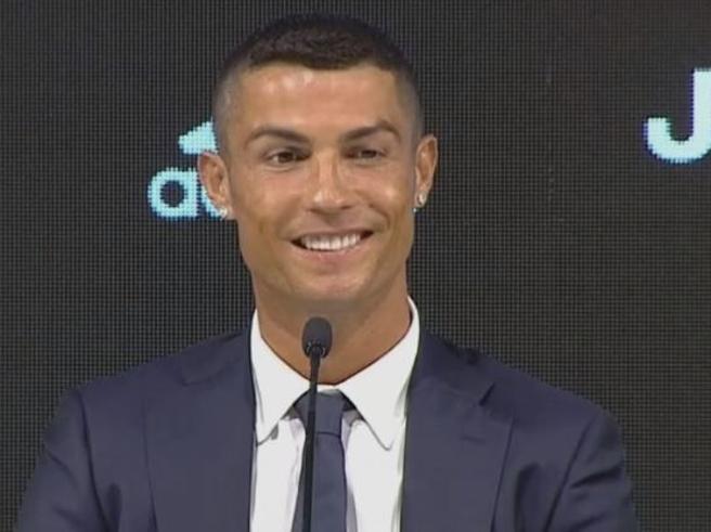 Ronaldo, la prima conferenza stampa «La Juve? Decisione presa da tempo Io vecchio? Io diverso da tutti»