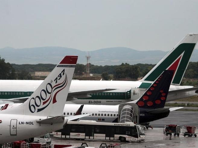 Accordo Enav, cancellato  sciopero dei controllori di volo del 21 luglio