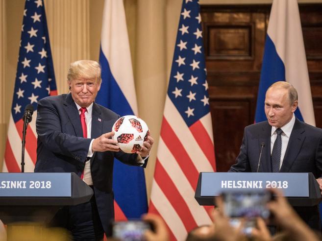 Putin: zero interferenze nel voto Usa Trump gli crede e scar