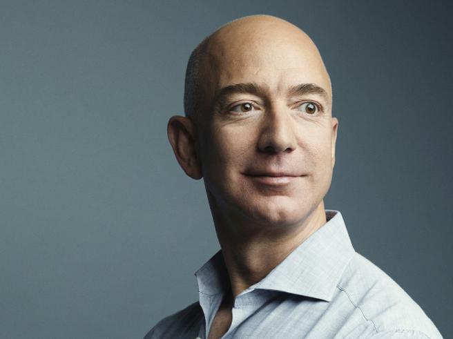 Il patrimonio di Bezos  oltre i 150 miliardi: è il più ricco della storia (moderna) Top 10
