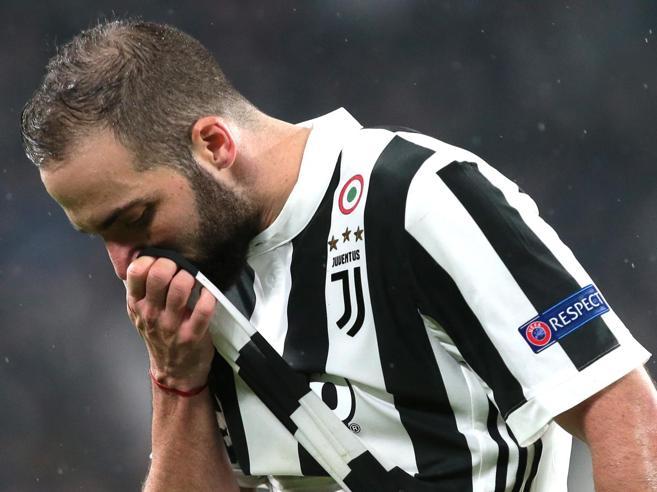 Higuain ormai è diventato un precario: la Juve lo vuole dismettere