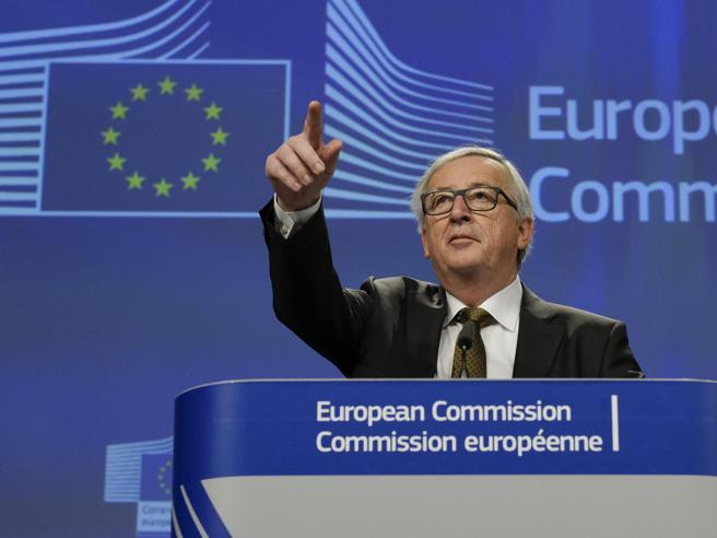 Juncker: «Sui migranti Conte ha ragione, sì a cellula di crisi»