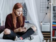 Un adolescente su cinque ha un rapporto problematico con internet
