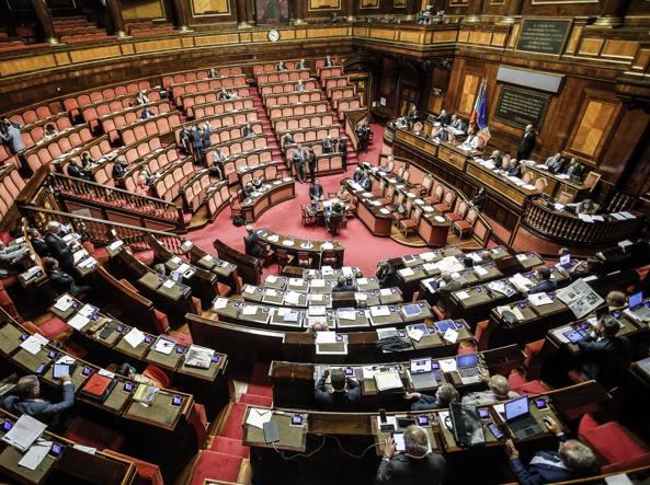 Le casse vuote dei partiti negli ultimi 5 anni entrate in for Aula di montecitorio