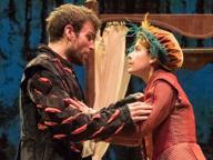 """Lucia Lavia: «Quanti equivoci a teatro per """"Shakespeare in love""""»"""